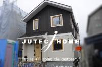 神奈川県川崎市麻生区 北欧輸入住宅 木製3層ガラスサッシ.jpg