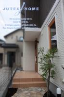北欧輸入住宅 東京都町田市 店舗併用住宅 木製3重ガラスサッシ スウェーデン風ハウス (2).jpg